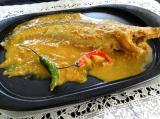 Pabha Maachor chorchori (Pavda fish with mustard paste)